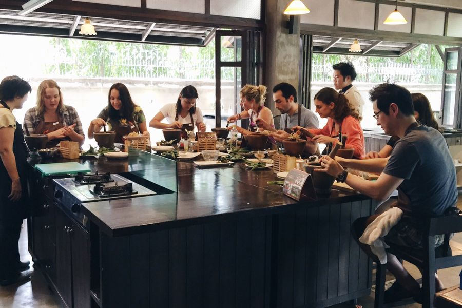 Baipai Thai Cooking Class in a Traditional Thai Cottage