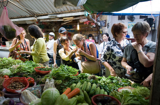The cuisine of hanoi market tour in hanoi book and enjoy with cookly the cuisine of hanoi market tour forumfinder Gallery