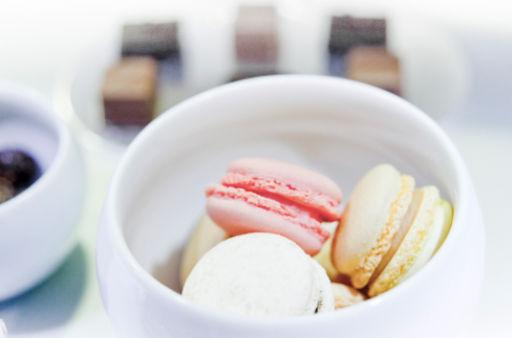 Macarons By Ecole De Cuisine Alain Ducasse In Paris Book And - Ecole de cuisine paris