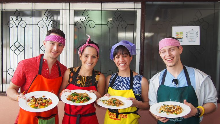 Tom Yum Thai Cooking School Chiang Mai Book Online Cookly Me