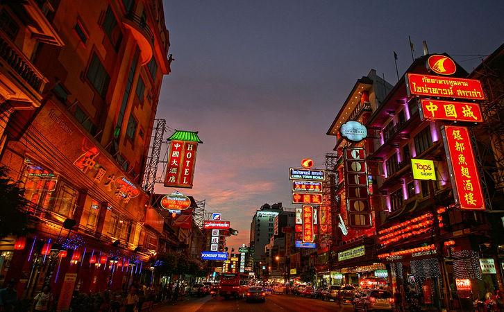 Chinatown Scenes by Heiko S