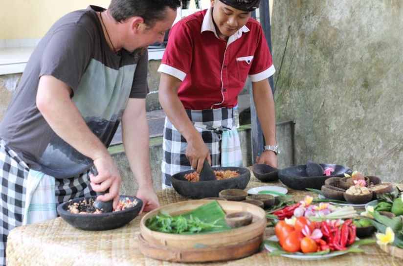 Balinese Traditional Cooking Program and Culture Experience